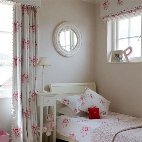 curtains for pink bedroom 211 best images about christina strutt cabbages roses on