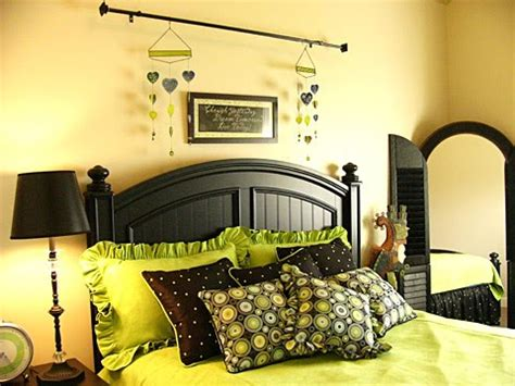 green and yellow bedroom dream in color st simply color challenge