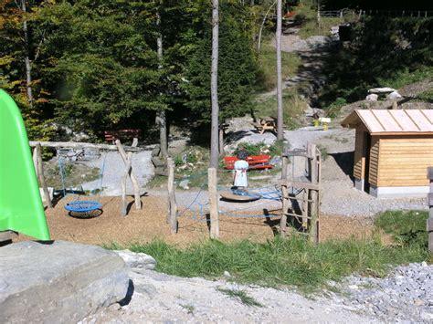 spielplatz mit feuerstelle kinderspielplatz rombach nur ein katzensprung vom dorf