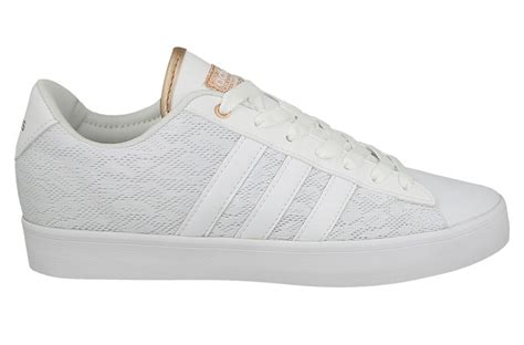 Adidas Cloudfoam Daily s shoes adidas cloudfoam daily qt aw4010 yessport eu