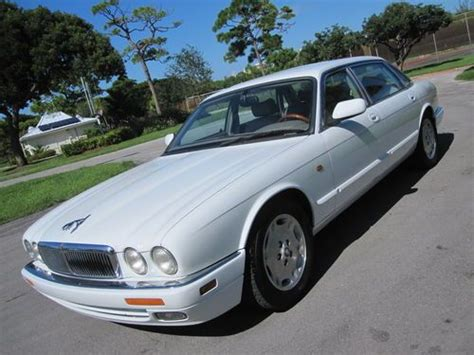 how do i learn about cars 1997 jaguar xk series electronic valve timing sell used 1997 jaguar xj6l 4 0 low miles clean carfax garage kept books records immaculate in
