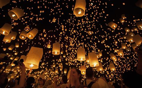 the lights festival dallas s floating lantern festival travel leisure