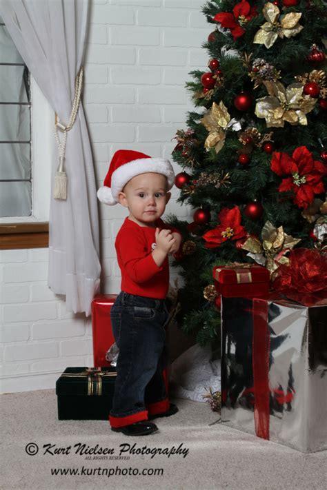 new born baby xmas photo baby photo studio toledo baby photographerportrait studio in toledo sylvania oh