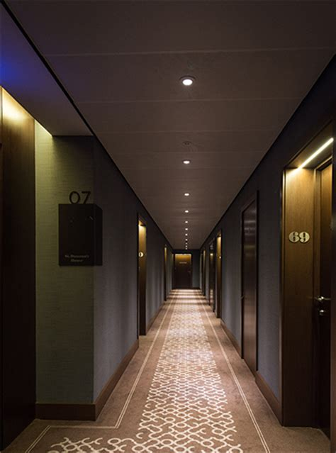corridor lighting st dunstan s court fetter lane nulty lighting design