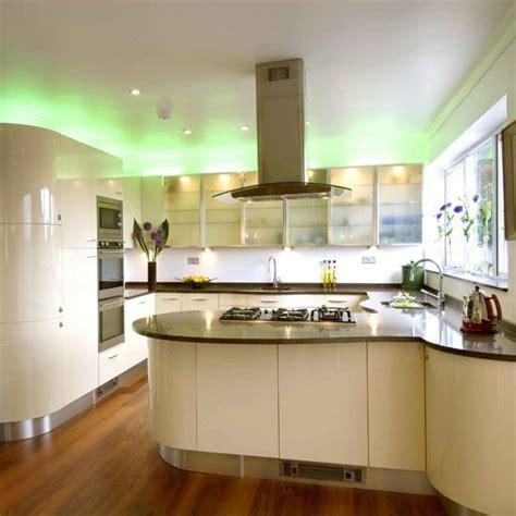 gloss kitchen designs 34 best kitchen ideas images on pinterest kitchen ideas