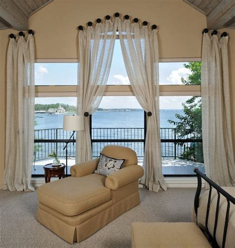 fine draperies 欧式风格客厅阳台窗帘装修图片 窗帘装饰效果图 土巴兔装修效果图