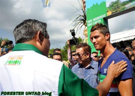 Kaos Cr7 Ronaldo By 2diclothing cristiano ronaldo bersama sby di bali belajar aja