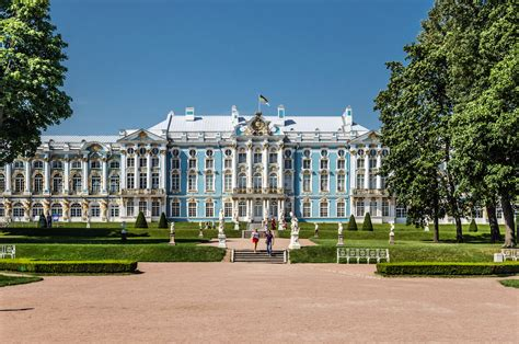 kates palace file catherine palace in tsarskoe selo 02 jpg wikimedia commons