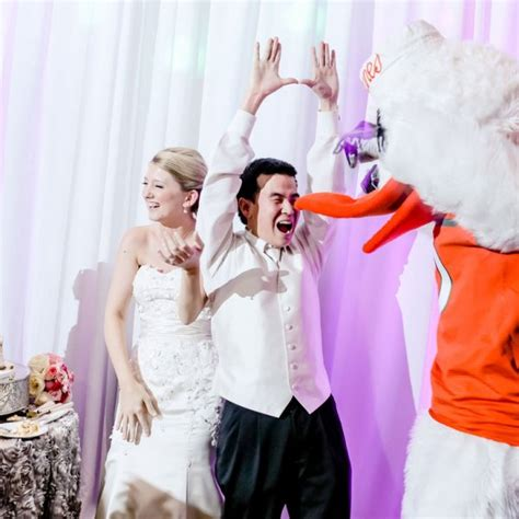 the worst groomzilla and bridezilla stories you have ever wedding vendors share their worst bride and groomzilla
