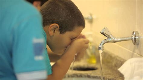 Purifying Wah Bellezkin how to teach children about purification discover islam kuwait portal