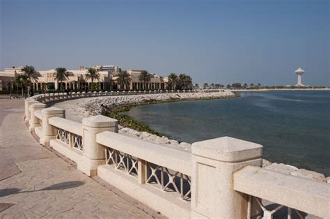 corniche dammam living in dammam for expats pros cons