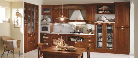 cucine in ciliegio cucina in ciliegio cucine tradizionali e funzionali