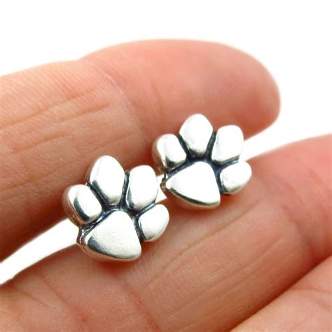 solid 925 silver animal lover cat paw print stud