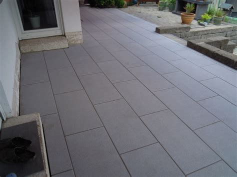 terrasse betonplatten betonplatten terrasse reinigen