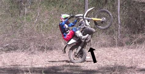 how to wheelie a motocross bike how to wheelie on a motocross bike visordown