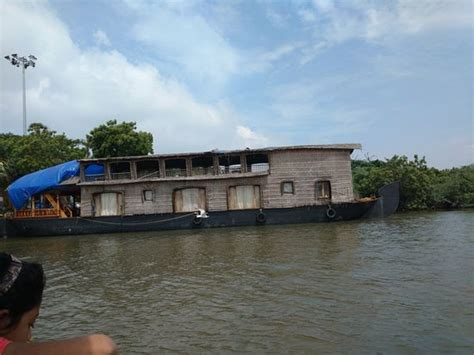 boat house at pondicherry chunnambar boat house pondicherry indien omd 246 men