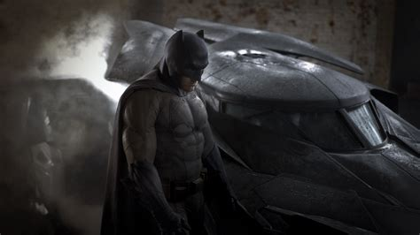 bioskop keren batman vs superman first trailer drops for batman v superman plus analysis