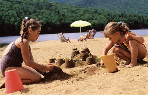 imagenes niños jugando con arena juegos divertidos para la playa epdn