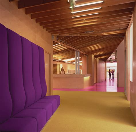 fidm colorful cus interior by clive wilkinson