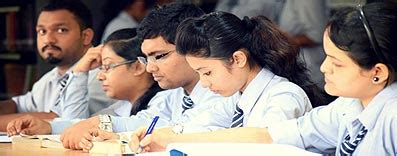 Mca Vs Mba by The Icfai Tripura Time Cus Programs