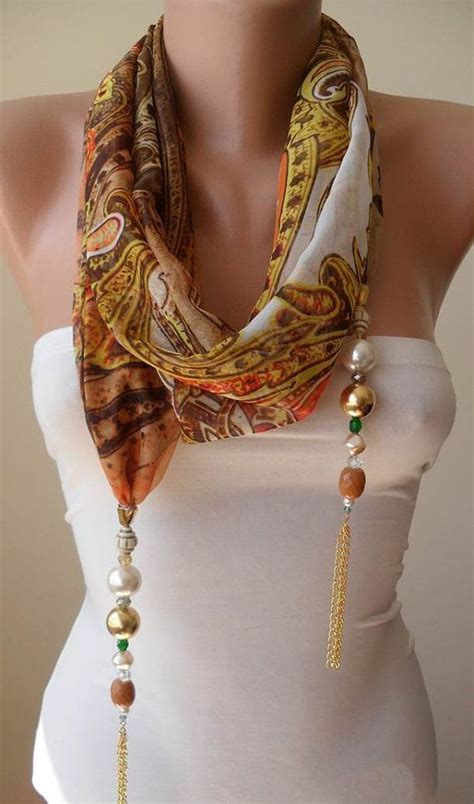 how to make jewelry scarves 25 best ideas about diy scarf on make