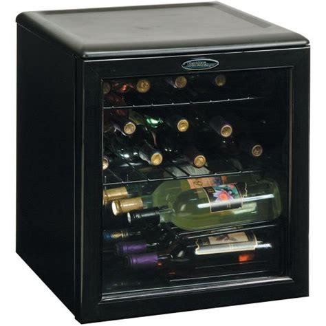 Bar Top Cooler Danby Dwc172bl 1 8 Cu Ft 17 Bottle Counter Top Wine