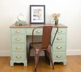 refurbished desks 1000 ideas about refurbished desk on shabby