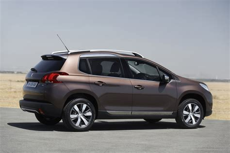New Peugeot 2008 Crossover Pictures And Details Video