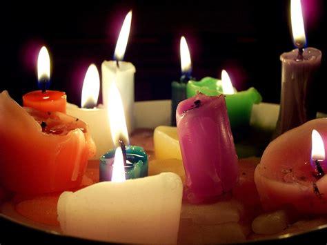 foto di candele composizione di candele foto immagini fuoco e fiamme