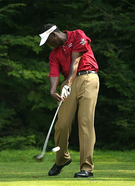 golf swing release golf stance does it change for different golf clubs