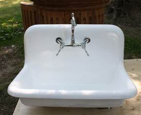 Cast Iron Kitchen Sinks Reviews Sinks Amusing Cast Iron Farmhouse Sink Cast Iron Farmhouse Sink Reviews With Farmhouse Kitchen