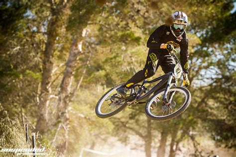 Ransel Lahigs daniel lavis goofing around suspended productions mountain biking pictures vital mtb