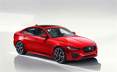 Jaguar Xe Facelift 2020 by 2020 Jaguar Xe Facelift Revealed Ndtv Carandbike