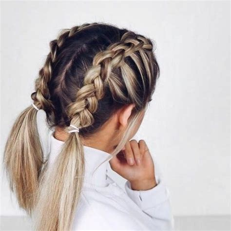 Hairstyles For Braided Hair by Best 25 Hairstyles Ideas On Hair Styles