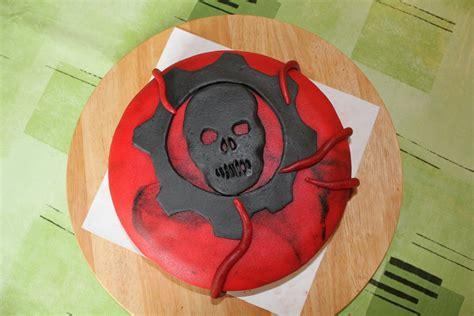 gears of war birthday cake from sweet dreams bakery tennessee gears of war cake by wackostarla on deviantart