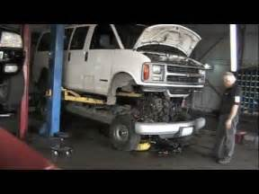 how do cars engines work 2001 ford econoline e150 electronic valve timing pulling the engine on a snub nosed van youtube