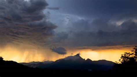 this magic moment warning vibrant imaging photography mount warning images