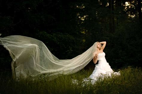 glimmer illusion veil pencil edge illusion 2 tier royal length veil extra long