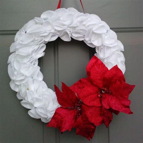 christmas wreath white christmas wreath poinsettia