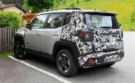 mobil jeep lama foto jeep renegade 2019 bocor belakangnya mirip toyota