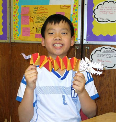 classroom crafts  celebrate  chinese lunar  year scholastic