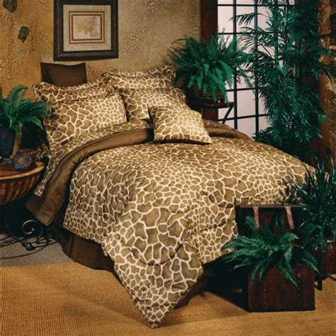 giraffe comforter set giraffe comforter set by kimlor
