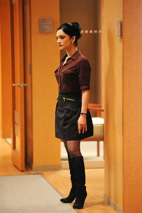 archie panjabi on kalindas the good wife season 5 role alicia kalinda kalinda sharma photo 17778828 fanpop
