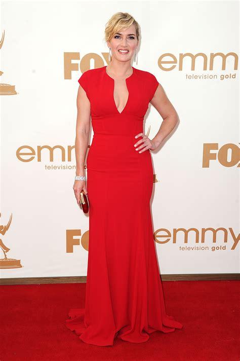 Catwalk To Carpet Emmy Awards by Emmy Awards Fug Carpet Kate Winslet Go Fug Yourself
