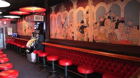 top hollywood bars best bars in los angeles hollywood s best watering holes