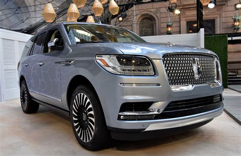 ford of lincoln all new 2018 lincoln navigator bows in ny ford authority