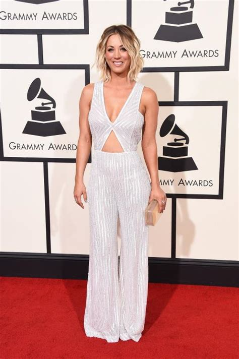 1420204655 kaley cuoco zoom jpg albums photos les plus beaux d 233 collet 233 s des grammy 2016