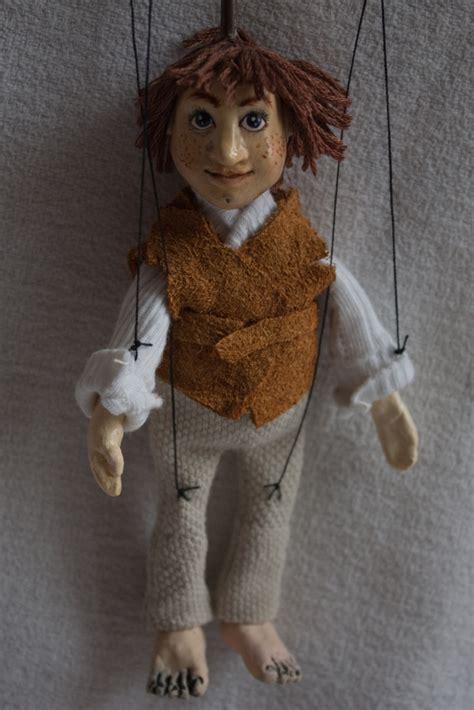 Handmade Marionettes - burda hra芻ky