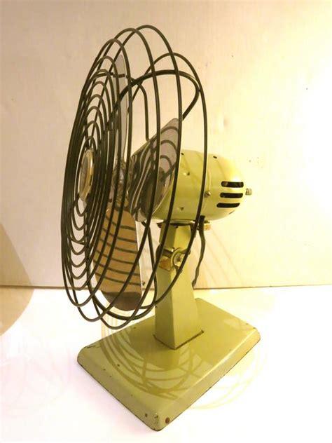 small oscillating desk fan small oscillating desk fan vintage windmere small 7 quot