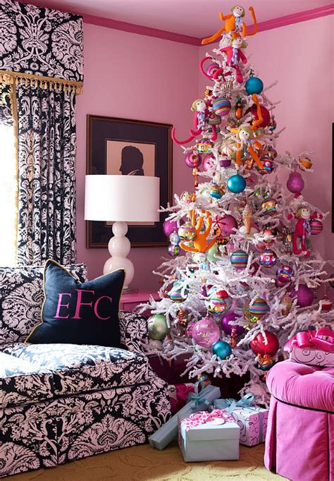 pink and blue christmas tree decorations